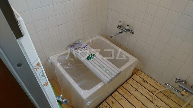 フラット武田 102号室の風呂