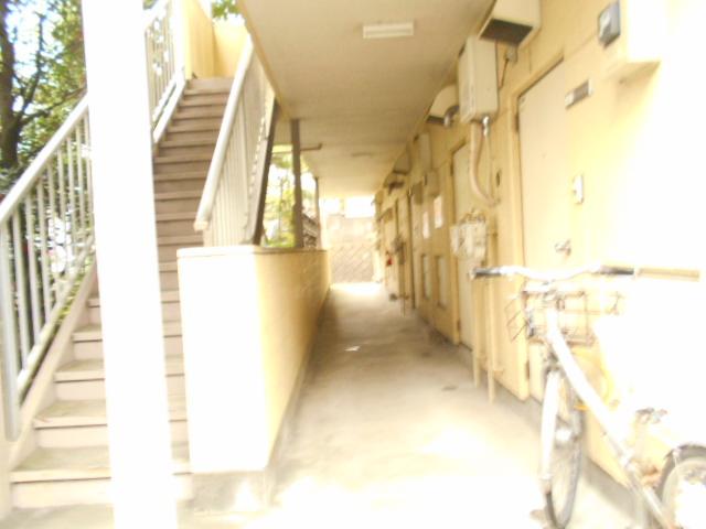 セントヴィラ貝取 306号室のエントランス