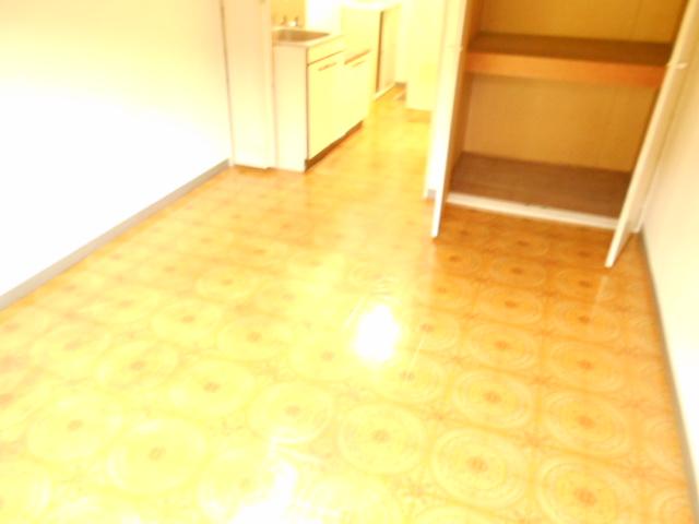 セントヴィラ貝取 306号室の収納