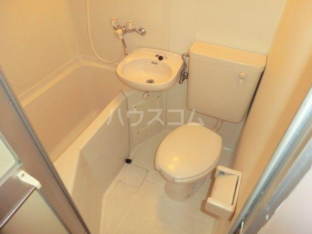 平岡マンション 106号室の風呂