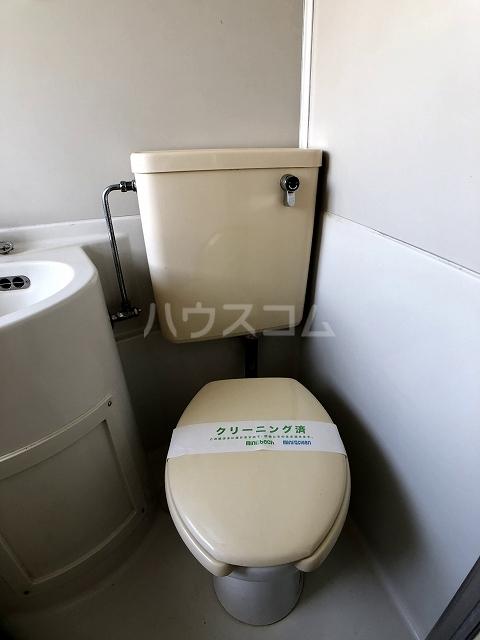 ラフォーレ錦 202号室のトイレ