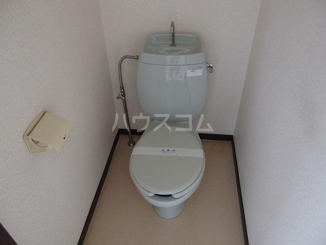 ピアシティナカムラ 203号室のトイレ