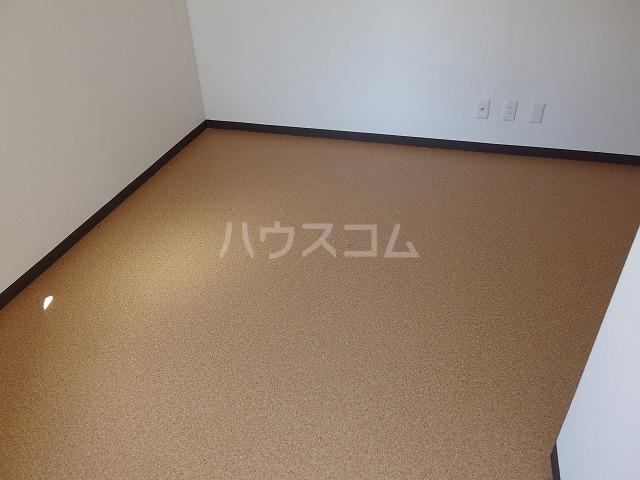 ヤングライフ霞ヶ関 302号室の居室