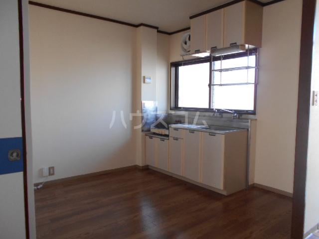 サングリーン 102号室のキッチン