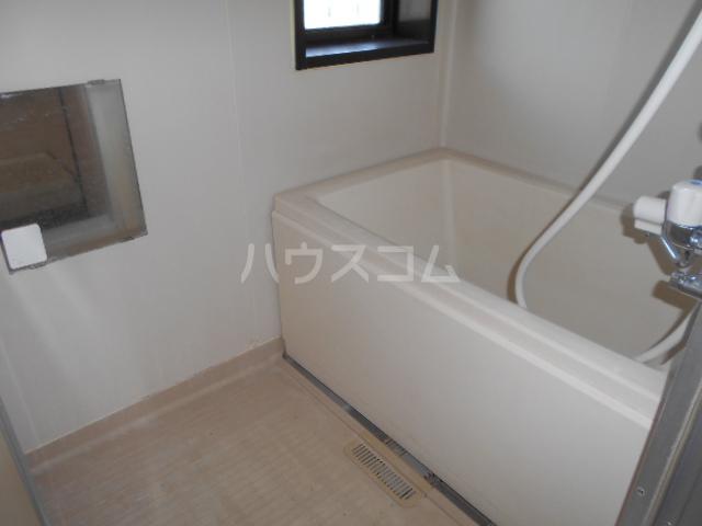 サングリーン 102号室の風呂