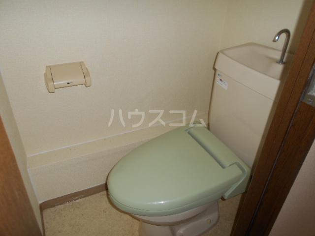 サングリーン 102号室のトイレ