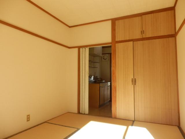 サンハイツ 212号室の居室