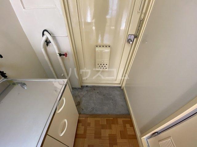 コーポ二葉2号A棟 106号室の玄関