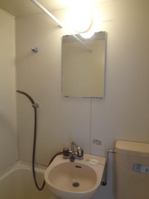エステートピア シムラⅠ 102号室の洗面所