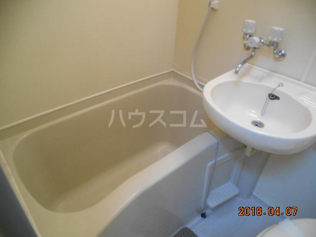 シティハイツ南平 201号室の風呂