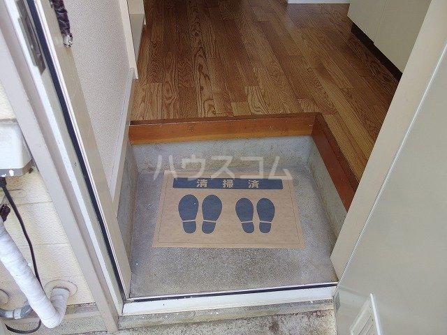 伊野ハイツ 205号室の玄関