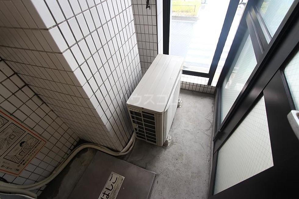 エ・スパシオ名西 201号室のバルコニー