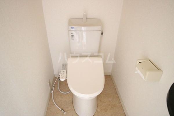 エ・スパシオ名西 201号室のトイレ