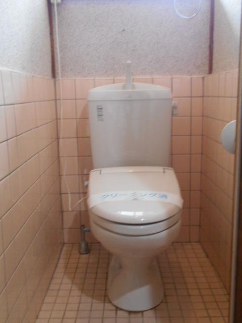 緒川荘 201号室のトイレ