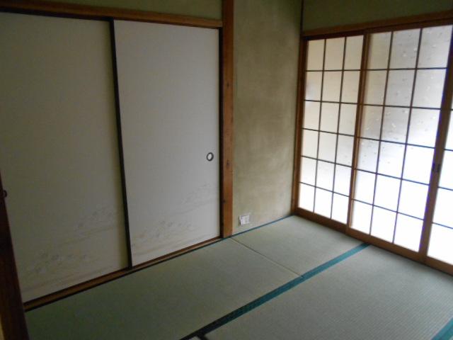 緒川荘 201号室のベッドルーム