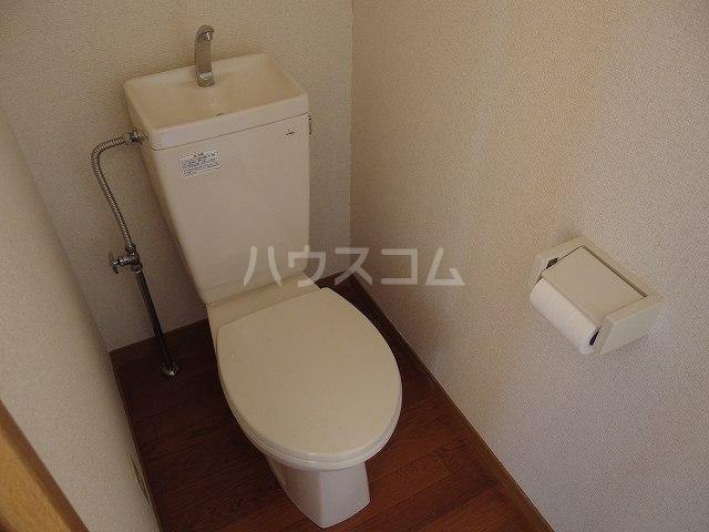 第7もはん 2F号室のトイレ
