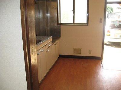 サンハイム加住 203号室のキッチン
