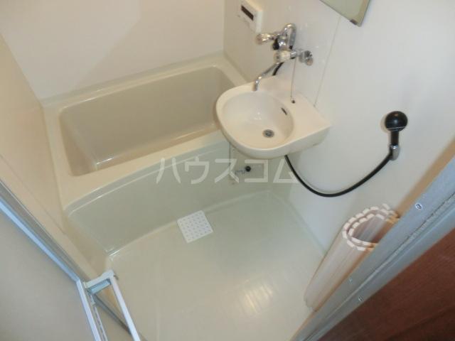 サンハイム加住 203号室の風呂