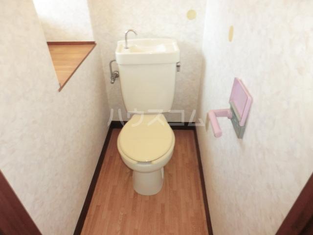 サンハイム加住 203号室のトイレ
