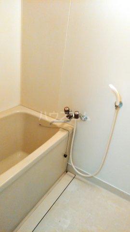 レヂデンス上条 101号室の風呂