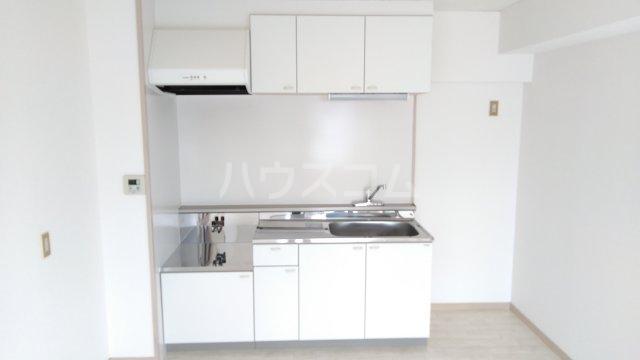 アーベインハイツ雅 3A号室のキッチン