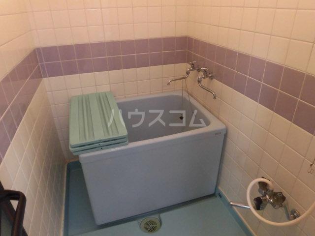 西山ハイツ 101号室の風呂