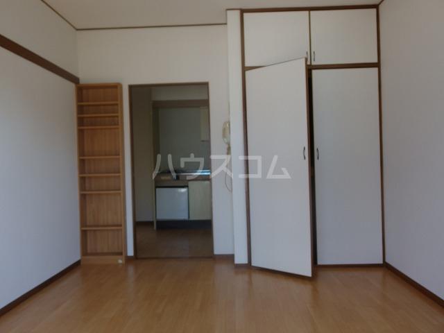 ヴィラ桜ヶ丘 103号室の居室