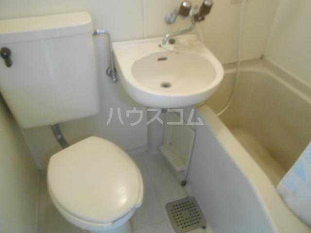 ビアメゾン高幡不動 301号室の風呂
