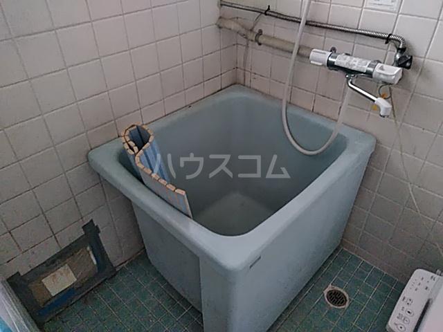第一落合荘 102号室の風呂