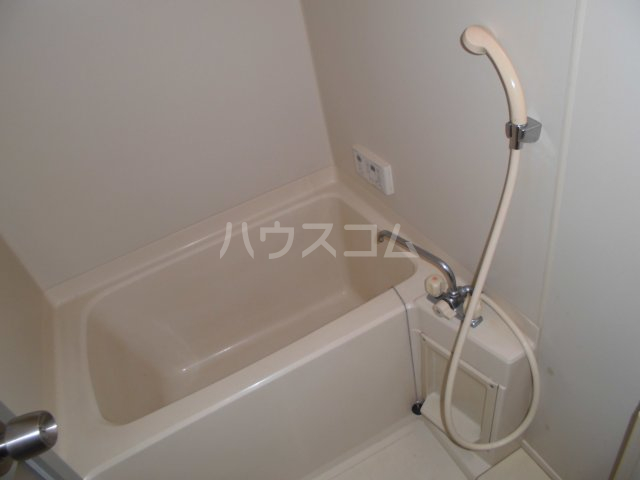 リンピア中道 203号室の風呂