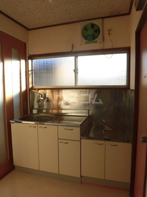 緑荘 201号室のキッチン