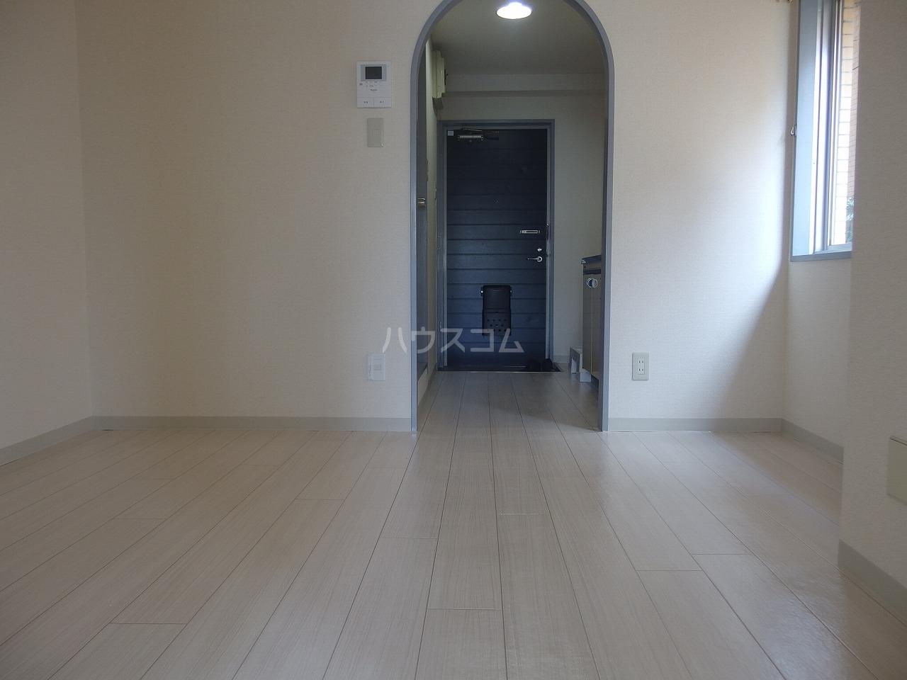 ウィンド聖蹟桜ヶ丘 303号室の居室