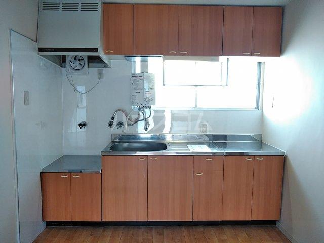 コーポ徳重 201号室のキッチン