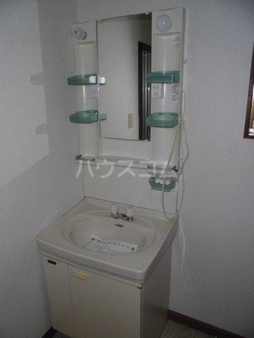 福田借家の洗面所