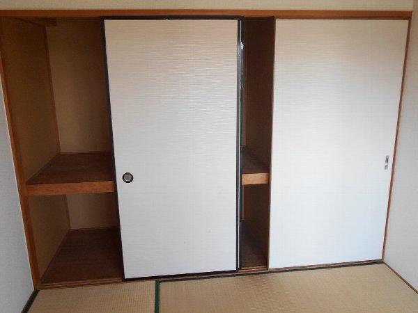 スターライトM 405号室の収納