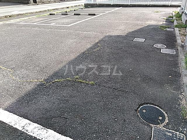 エントピアKT 203号室のバルコニー