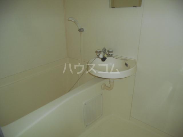 ハイム瀬里菜 201号室の風呂