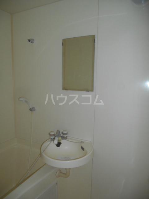 ハイム瀬里菜 201号室の洗面所