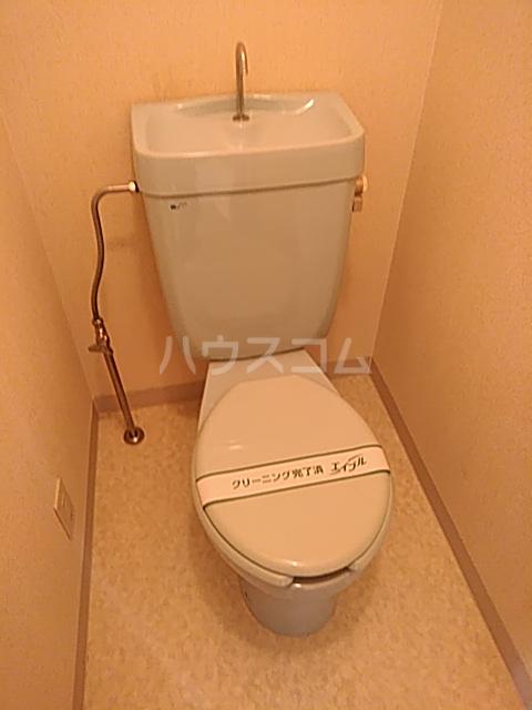 コーポソシア 2D号室のトイレ