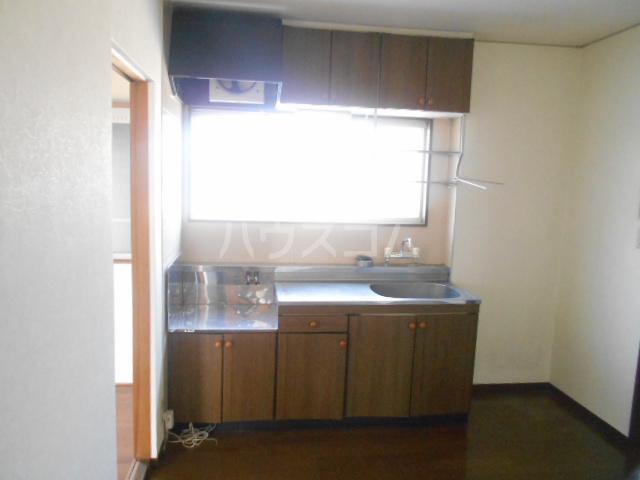 ハイツサングリア 101号室のキッチン
