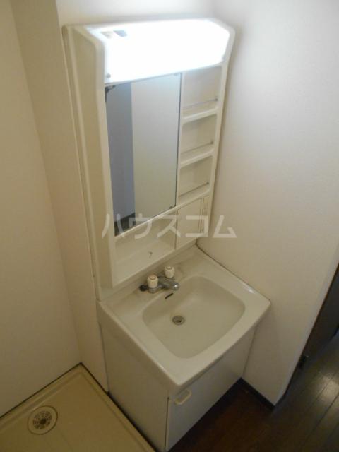 ハイツサングリア 101号室の洗面所