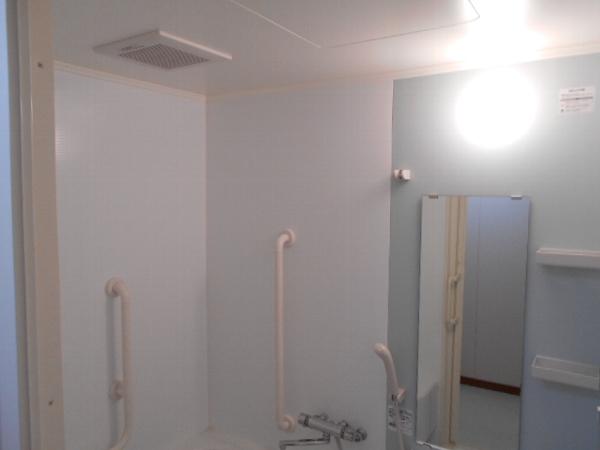 グレイス大善やすらぎ A303号室の風呂