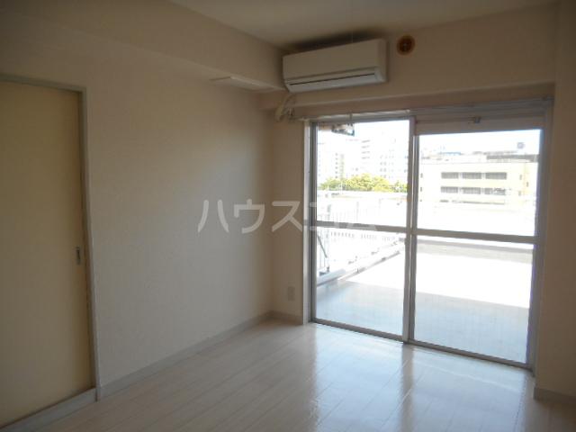 ウィンド聖蹟桜ヶ丘 508号室の居室