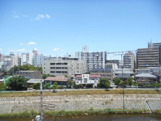 ウィンド聖蹟桜ヶ丘 508号室の景色