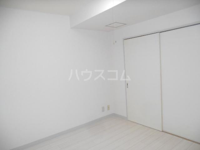 ウィンド聖蹟桜ヶ丘 508号室のリビング