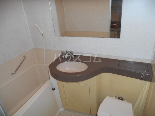 ウィンド聖蹟桜ヶ丘 508号室の風呂