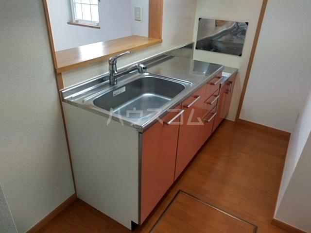 ミッテフリーデⅢ 101号室のキッチン