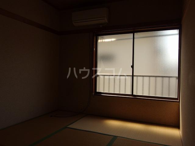 宮本荘 55号室の居室