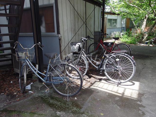 宮本荘 55号室の駐車場