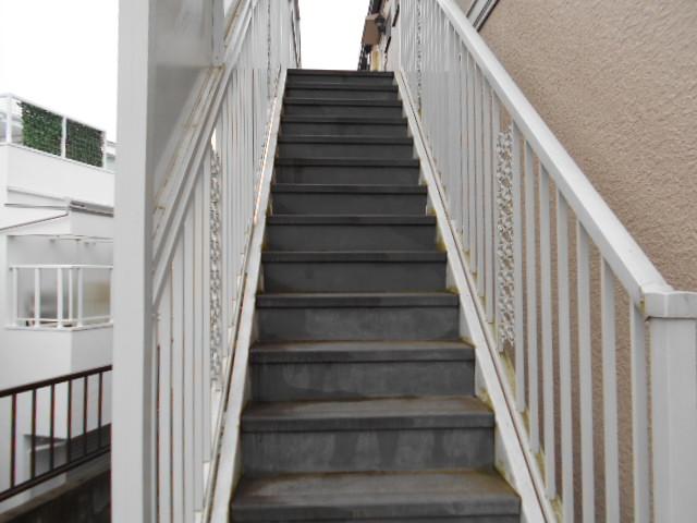 ライフタウン高幡 202号室の洗面所